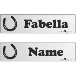 Namensschilder für Pferdeboxen